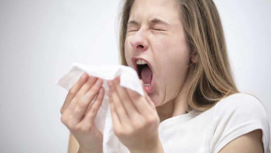 Grip Olan Anne Bebeğini Emzirmeli Mi?