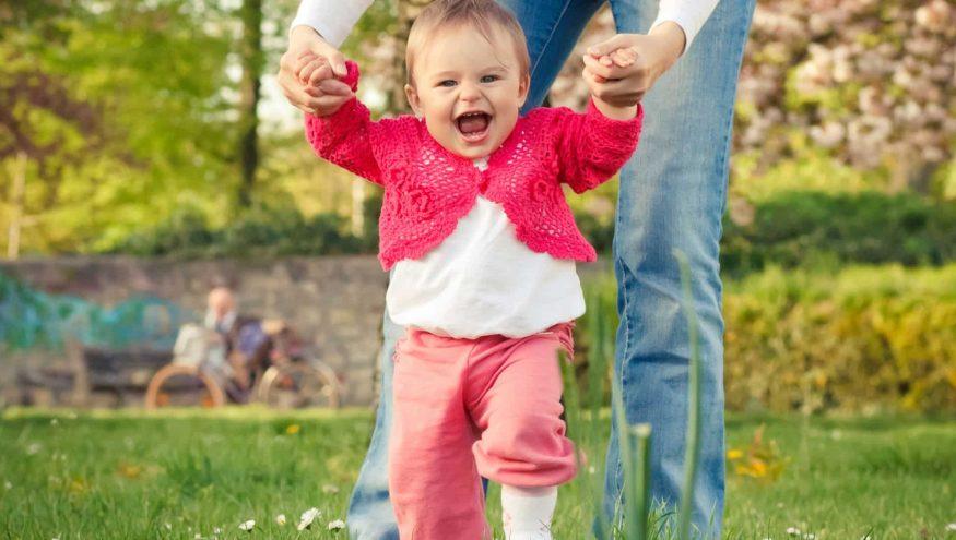 Yürümeye Başlayan Bebeklerin Güvenliği Nasıl Sağlanır?