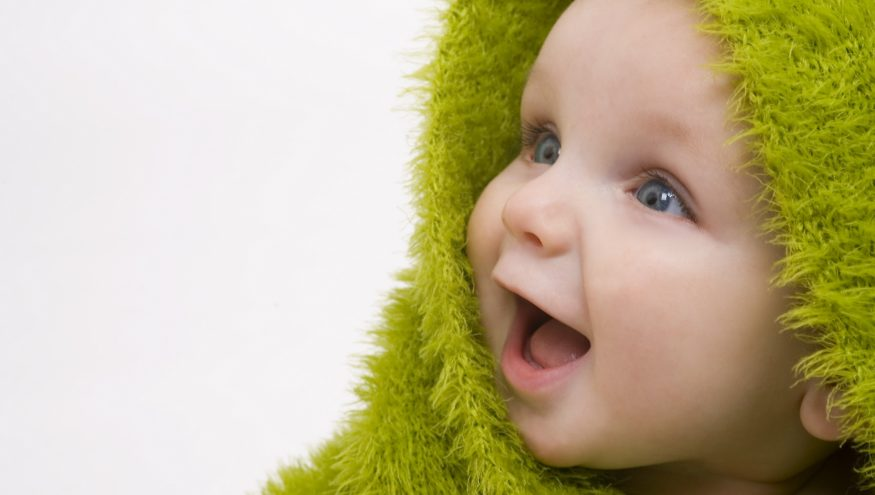 Bebeğinizin Gülme Aşamaları