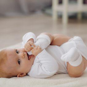 0-3 Ay Bebek Gelişimi